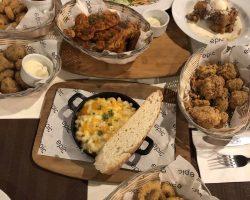 西餐都是论份来的,只有炸鸡还过得去,其他基本吃不习惯