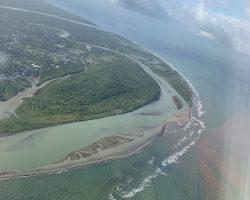 刚起飞长滩岛从高处拍的