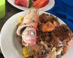 这个鱼不好吃,还有鱼鳞...当地人怎么下的嘴...呕.....